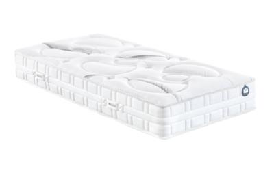 Hauteur : 25 cm. Âme : 100% BULTEX Nano 47 kg/m3 (17 cm dépaisseur). 2 faces de couchage en fibres hypoallergéniques et mousse Bodysoft de 2.5 cm dépaisseur. Finitions : - Coutil : Tissu stretch 100 % polyester, traité anti-acariens et antibactérien. - Tr