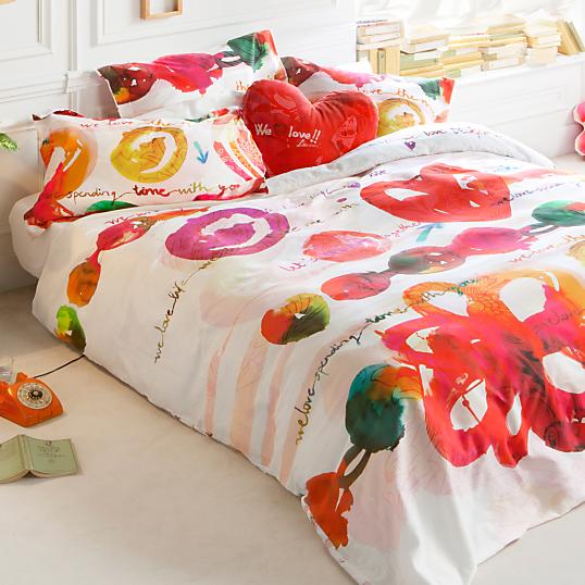 housse de couette satin love party desigual. Black Bedroom Furniture Sets. Home Design Ideas