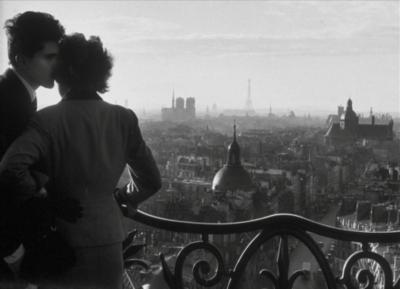 Les amoureux de la Bastille, 1957 (Willy Ronis)