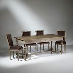 Table de salle à manger, 8 à 10 couverts...
