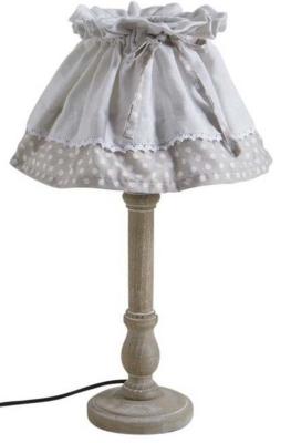 Subtile association de matières et de formes, lalampe en boisreflète un style à la foisromantiqueet convivial Lampe à poser en bois avec abat-jour en coton Dimensions : Diamètre (en cm) : 25,00 Hauteur (en cm) : 42,00 Poids (en kg) : 1,00