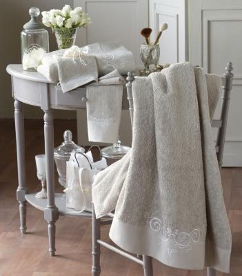 serviettes et gants 20. Black Bedroom Furniture Sets. Home Design Ideas