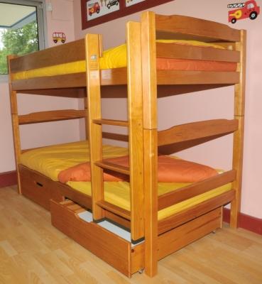 superposés et lot de 2 tiroirs 90 x 190 cm teintés miel pour 655€