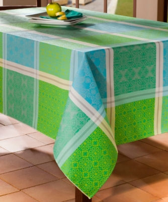 nappes et serviettes linge de maison page n 21. Black Bedroom Furniture Sets. Home Design Ideas