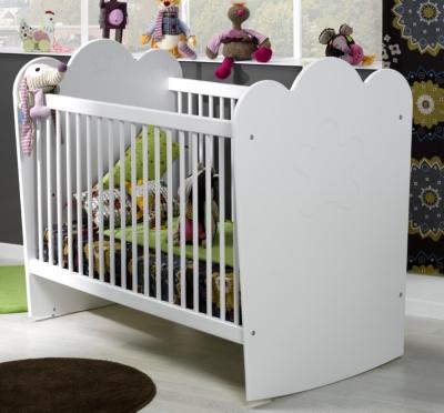 Lit bébé Silène blanc à barreaux pour 365€