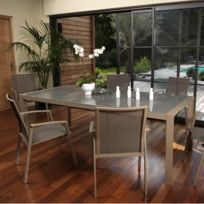 Ensemble repas table 8 fauteuils SPARTA