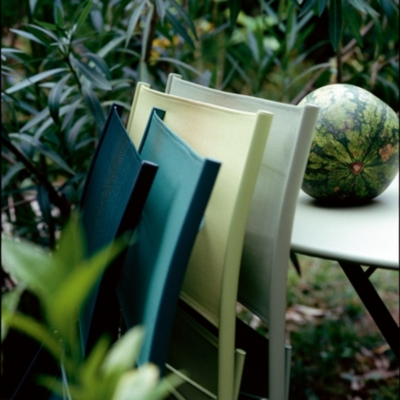 Lot 2 chaises FERMOB Plein Air