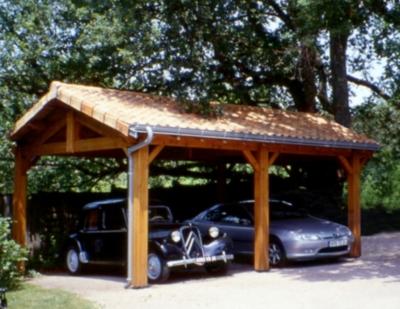 Abri 2 ou 3 voitures cihb charpente traditionnelle for Un abri ou un abris