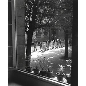 Ecole maternelle, Ménilmontant, 1948 (Willy Ronis)