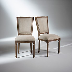 2 Chaises Marie Antoinette, patine taupe