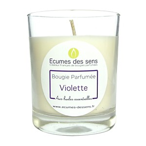 Bougie parfumée à la violette aux huile