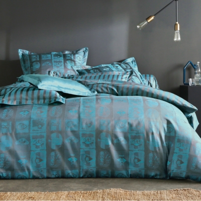 housse de couette satin oxalis blanc des vosges bleu paon. Black Bedroom Furniture Sets. Home Design Ideas