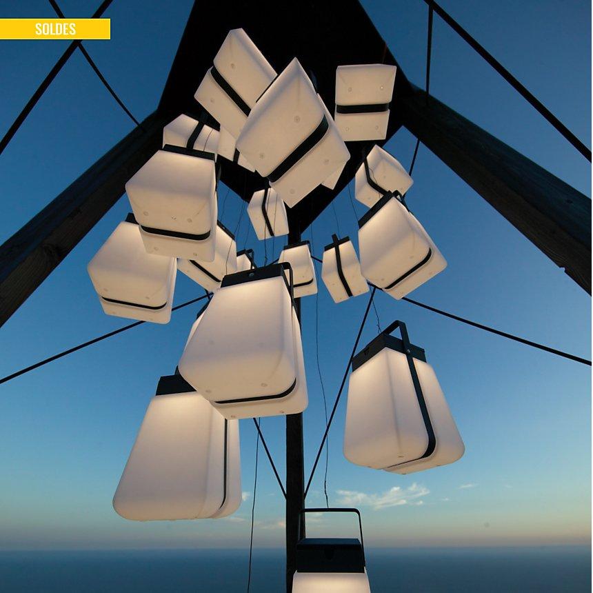 Lanterne solaire rotomoulée Tinka LES  JARDINS