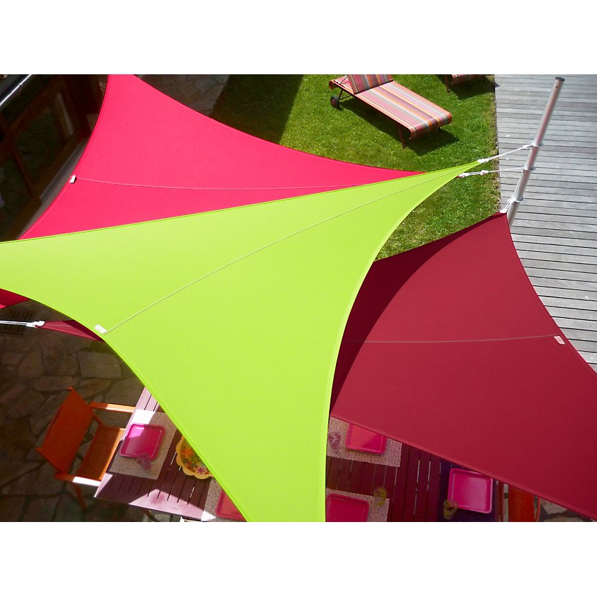 Voile d'ombrage triangle 4x4x4m