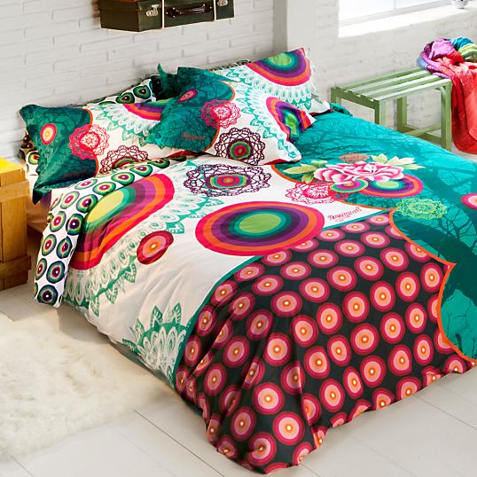 couvre lit desigual Parure de lit percale Galactic DESIGUAL couvre lit desigual